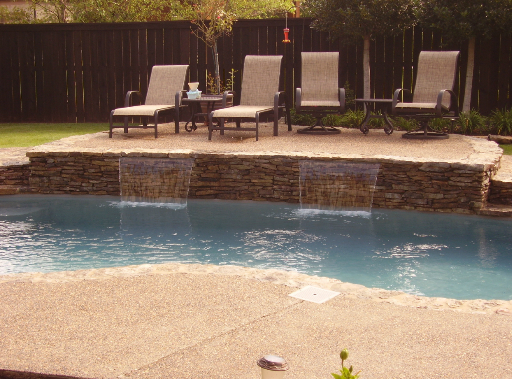 Swimming pool water features tn advanced pools inc - How much water in a swimming pool ...