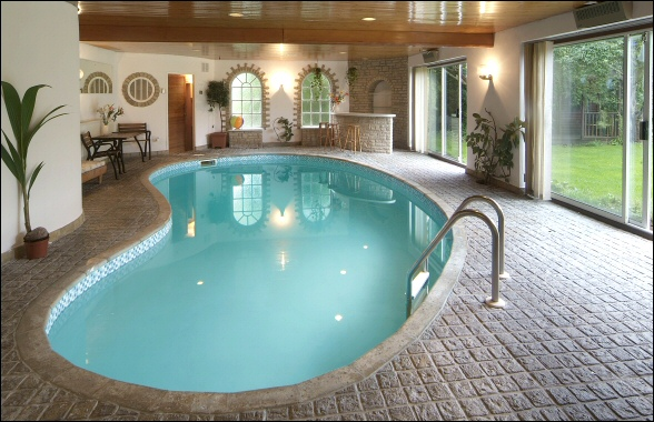 What to ask a pool contractor about your pool project