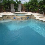 How to design the family swimming pool