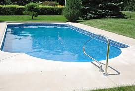 5 reasons to choose a concrete swimming pool