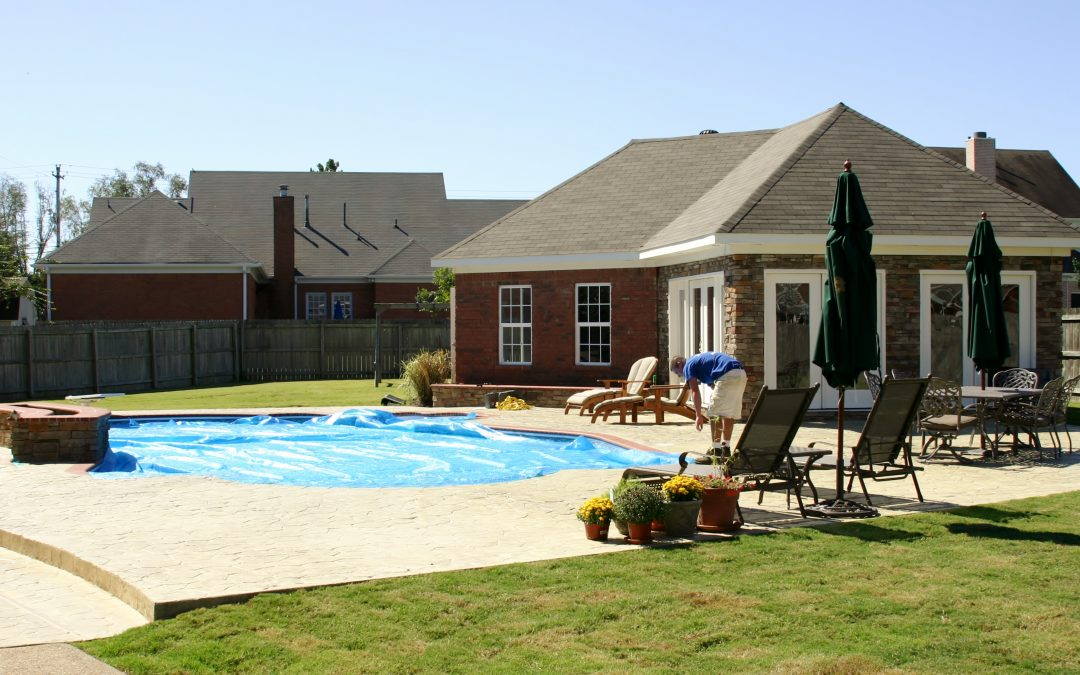 Planning the best pool party of the summer