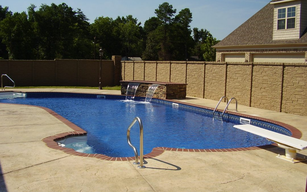 Are your swimming pool steps dirty?