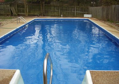 Enjoy the coronavirus lockdown with your family in the pool