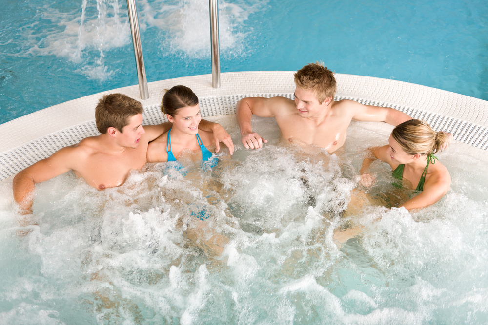 How to choose an automatic pool cleaner
