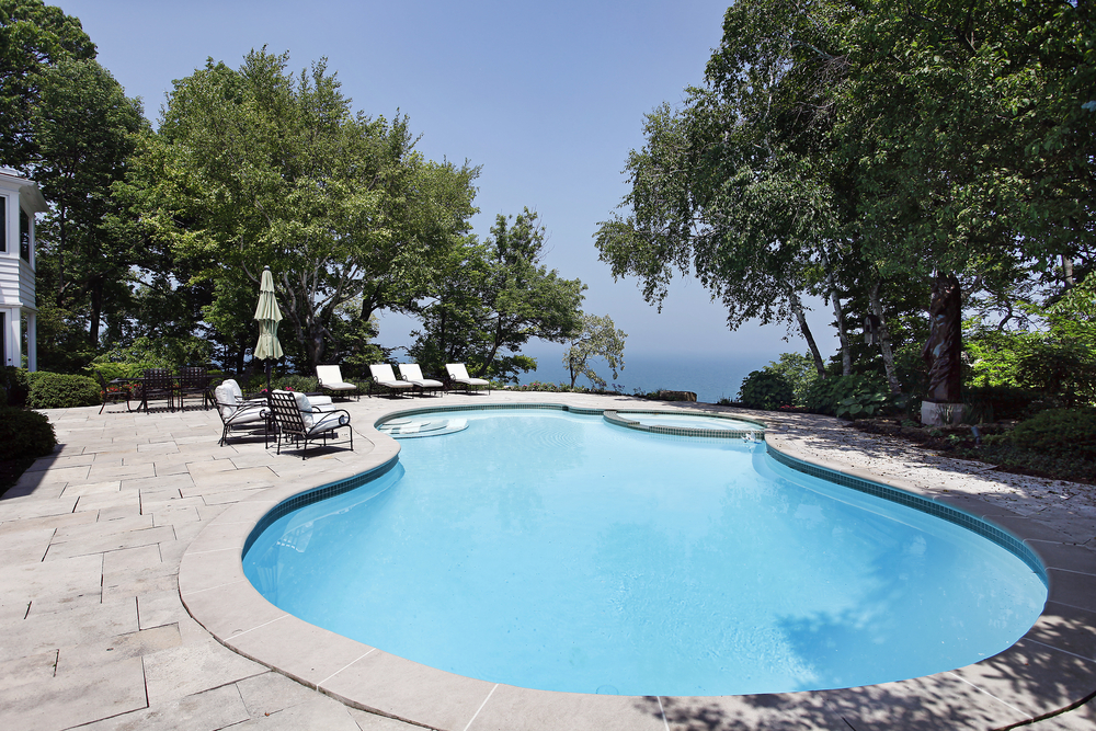 What to think about when remodeling a swimming pool