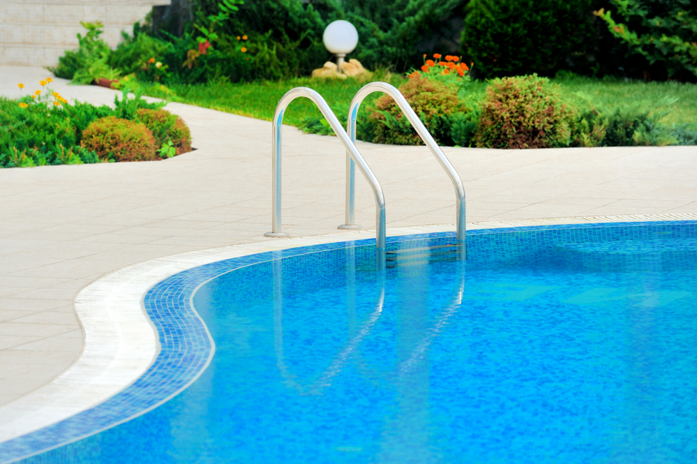 How to care for the pool ladder